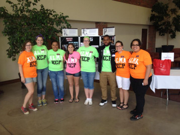 KCP Mentors meeting first year students at Becoming A Scot Day on June 13, 2014.