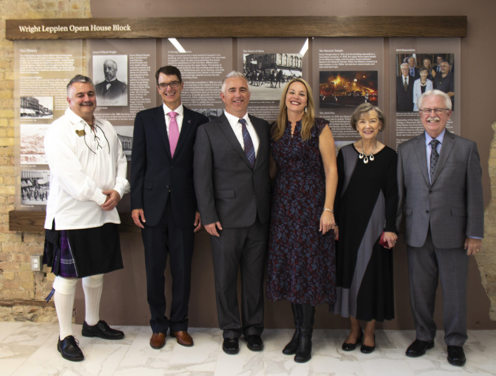 From left: Mayor Greg Mapes, President Jeff Abernathy, and Jeff, Stephanie, Cleo and John Leppien.