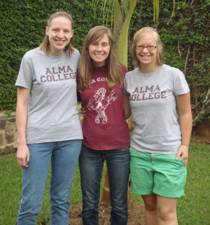 <em>Rachel Nemeth, center, with Alma alumni Kerry Dembowski Bryan '09 and Kelsey Merz '11.</em><br>