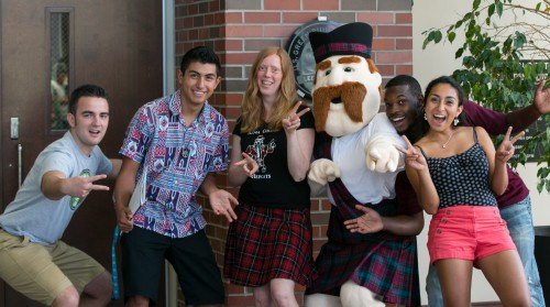<em>Students join Scotty at Becoming a Scot Day.<br><br></em>