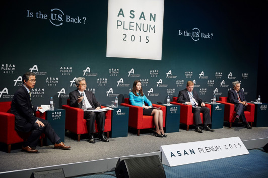 <em>Kobzar speaks at the 2015 Asan Plenum. The conference is organized by the Asan Institute for Policy Studies, a think tank that focuses on peace and stability on the Korean Peninsula and Korean reunification.<br><br></em>