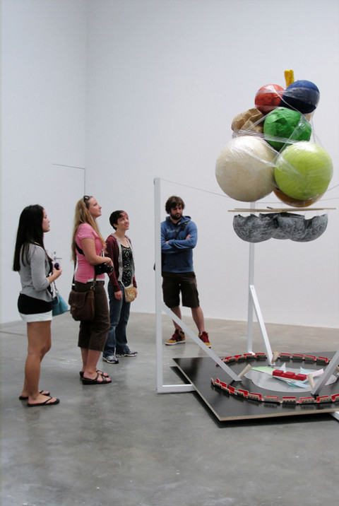 Students from Professor Bob Rozier's Spring Term course, Contemporary Art in New York