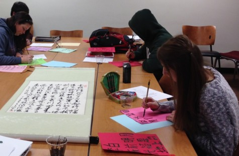 CHN112 praticing writing calligraphy:PoembyLibai